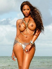Black babes in bikini