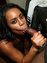 Black goddess Dani shows her appetite body